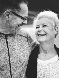 Hoffman Estates IL Dentist | Optimal Gum Health for Seniors