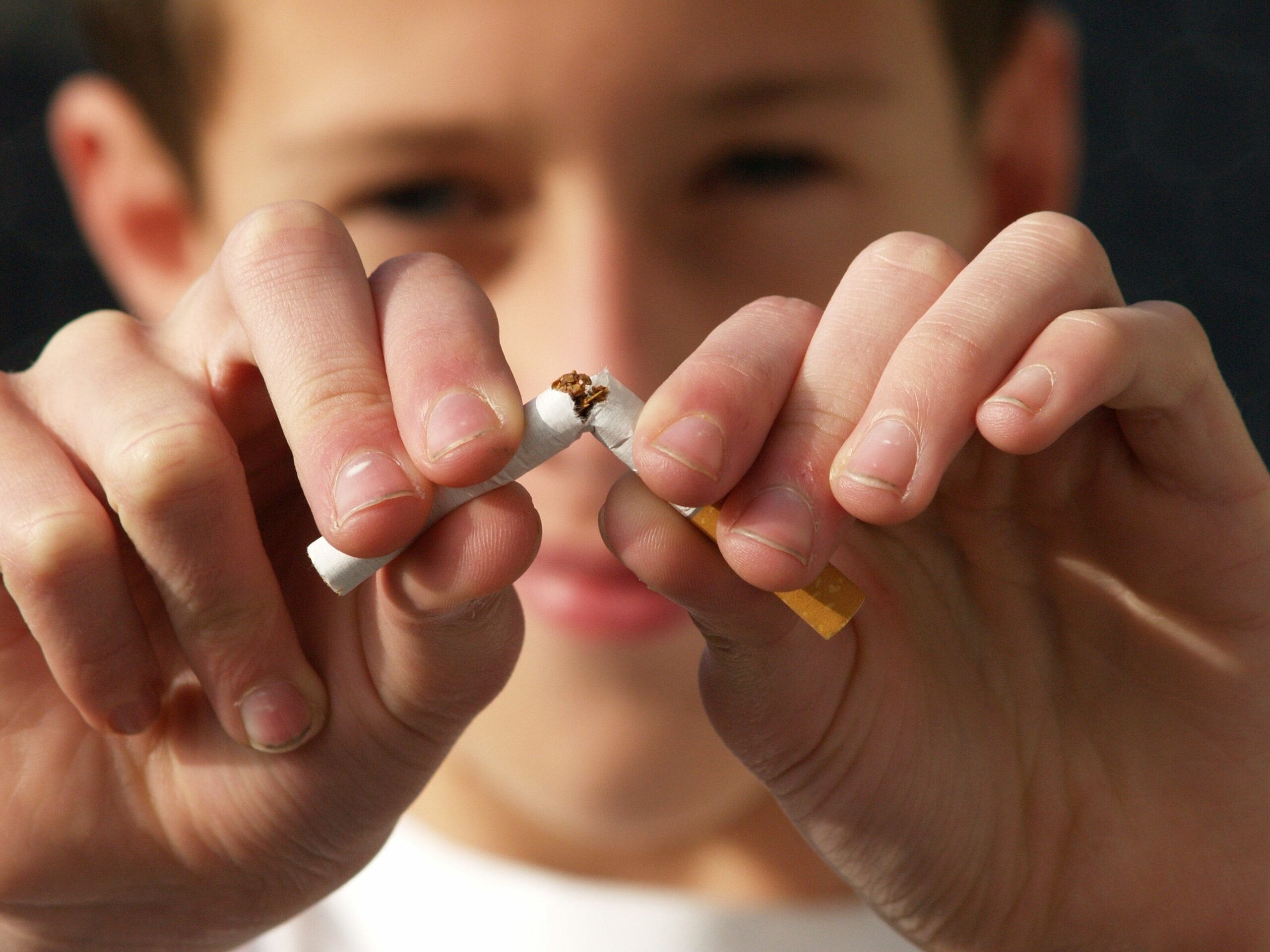 Hoffman Estates IL Dentist | Tobacco & Your Teeth: The Risks of Chewing and Smoking